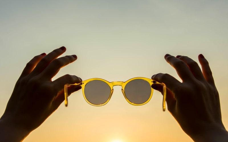 ¿Por qué es importante protegerte de los rayos UV?